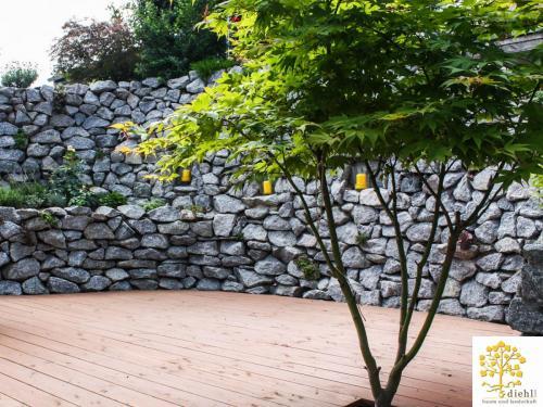 Projekt-2-Natursteinmauer-1