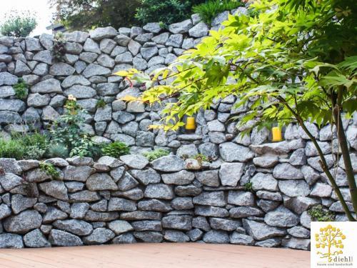 Projekt-2-Natursteinmauer-2